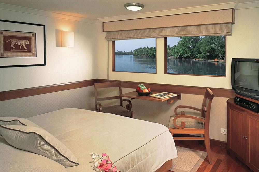 A luxury cabin on the <em>MV Vrinda</em>
