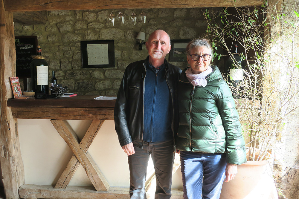 Luc and Martine de Conti, the owners and winemakers of Château Tour des Gendres - Photo by Hideaway Report editor
