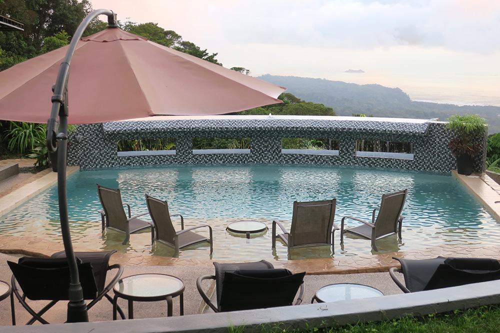 The pool at Rancho Pacifico