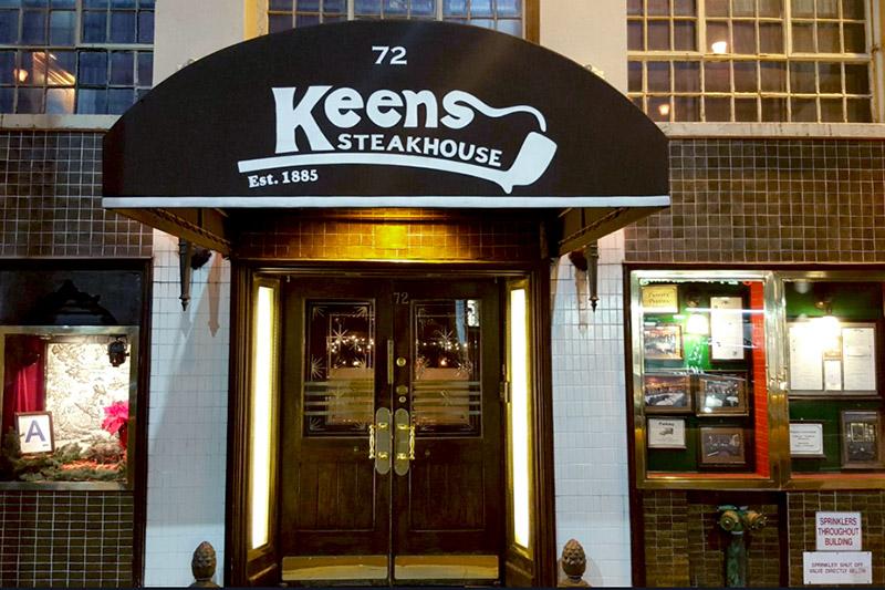 <em>Keens Steakhouse</em>