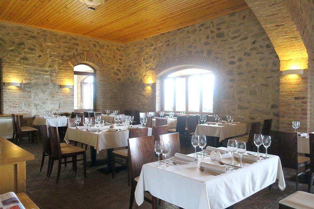 Interior of the restaurant at the Schuchmann Hotel