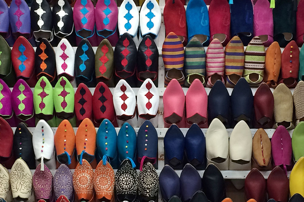 <em>Babouches</em> (Moroccan slippers) being sold at a souk