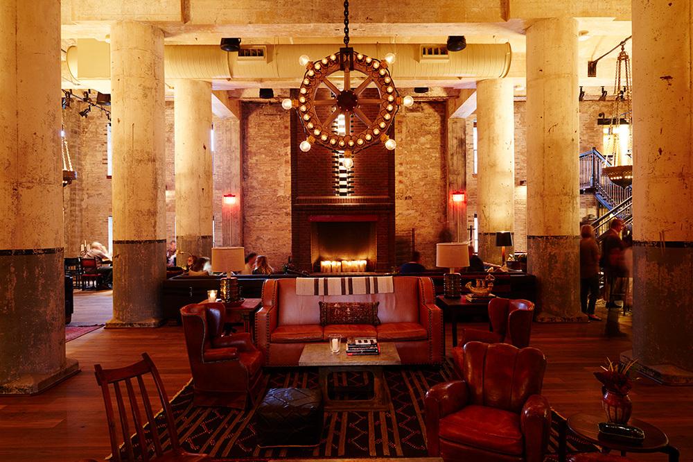 <em>Sternewirth</em> bar fireplace at Hotel Emma