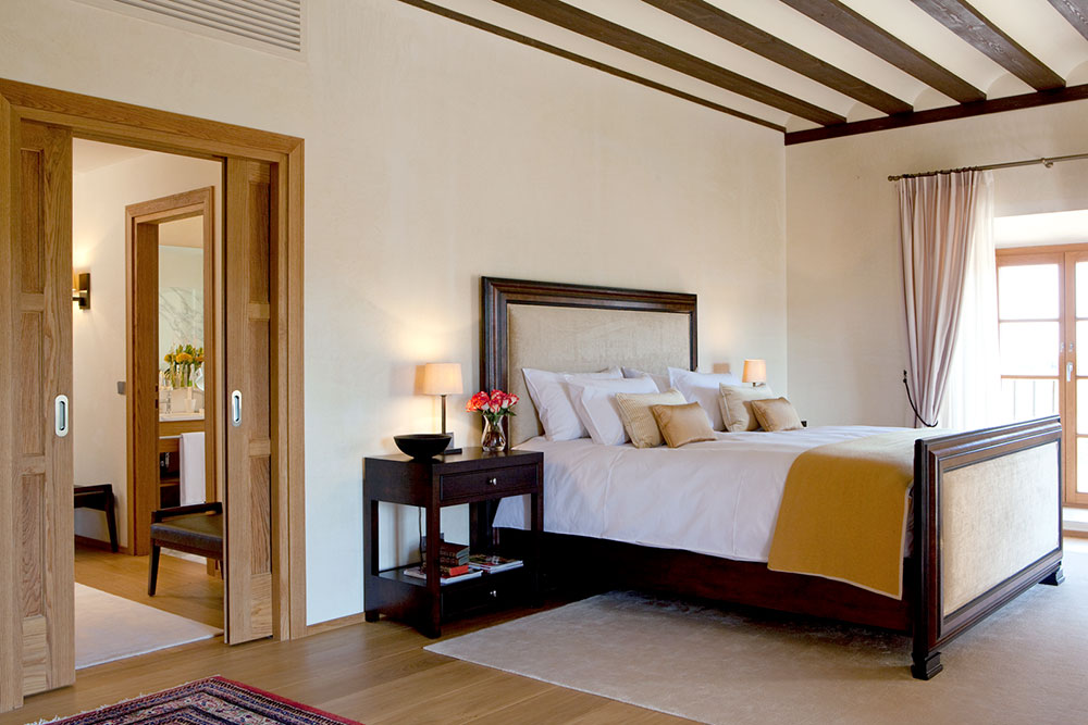 Suite bedroom at Abadía Retuerta LeDomaine