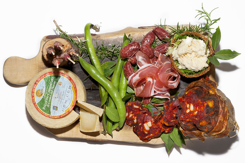 A meat and cheese platter from <em>Taverna 58</em>