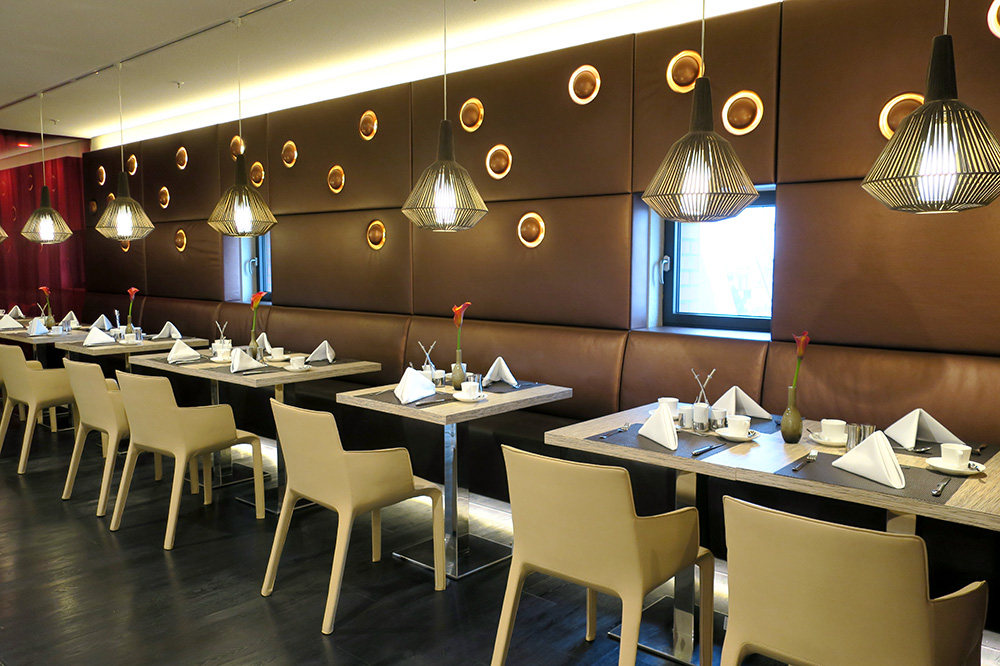 The <em>Saffron Restaurant</em> at The Westin Hamburg - Photo by Hideaway Report editor