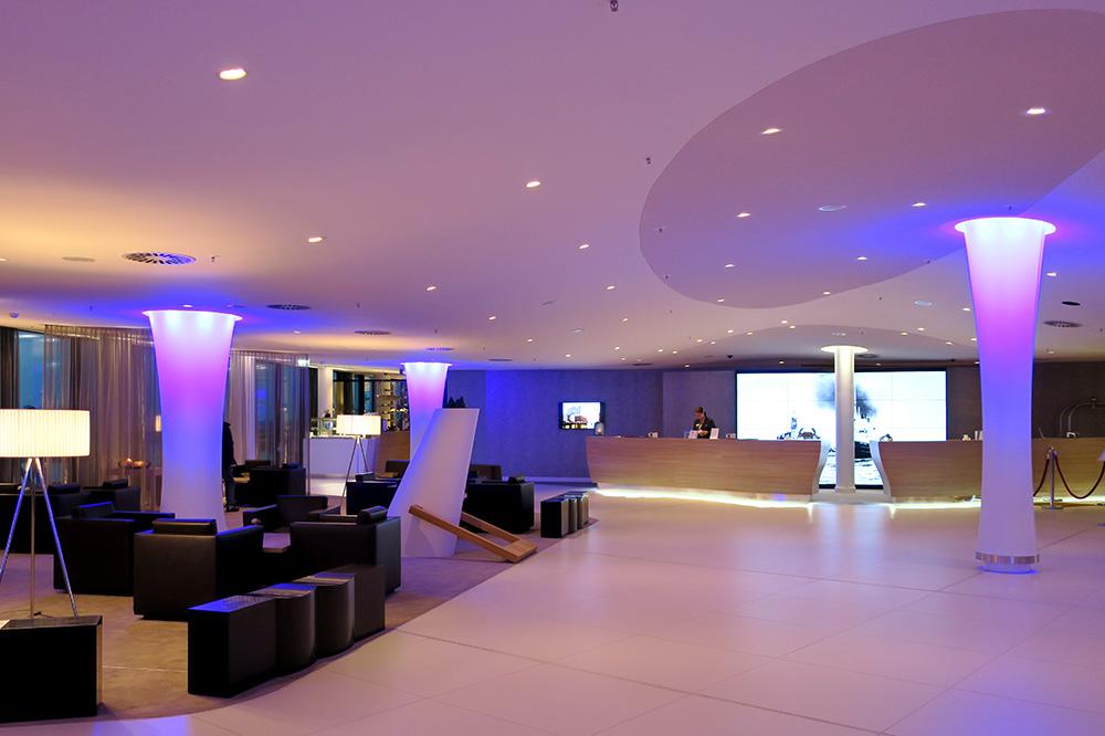 The lobby of The Westin Hamburg